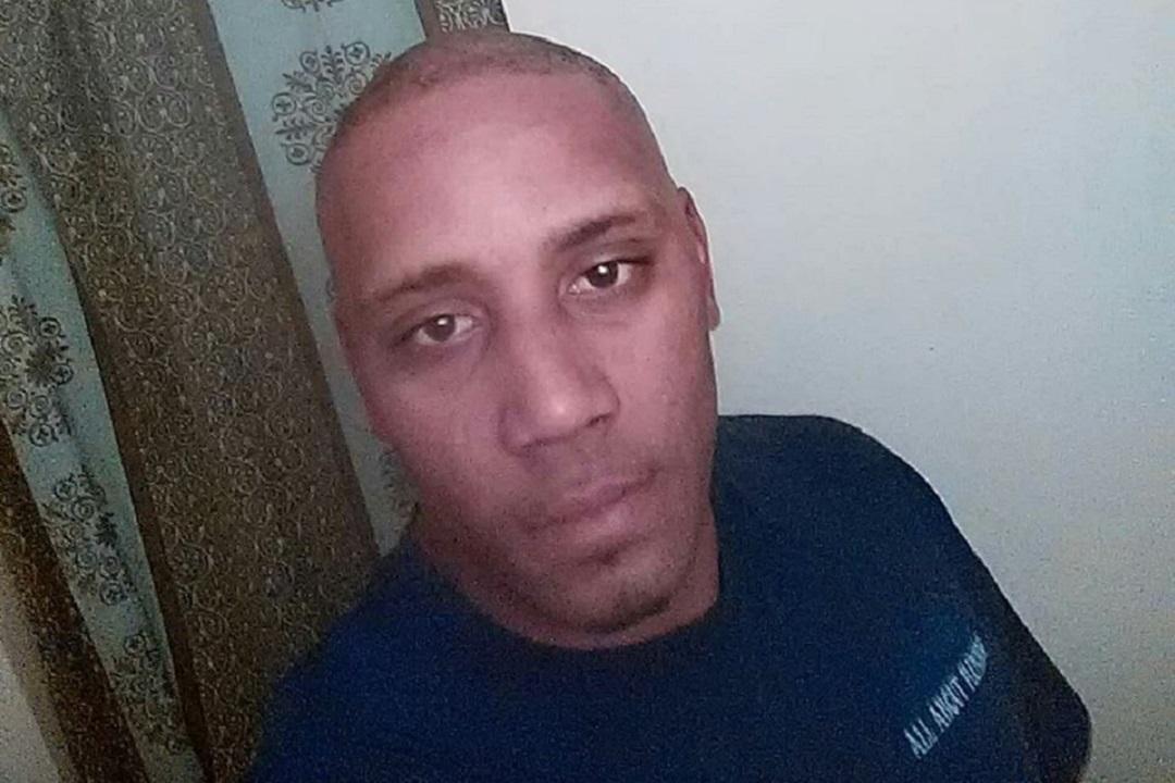 ВСША афроамериканец передавал  фейсбук  собственный  расстрел