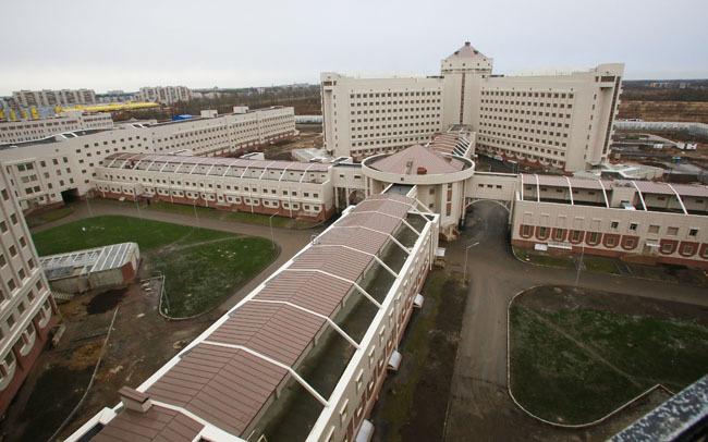 Экс-директору генподрядчика «Крестов-2» предъявлено обвинение в трате