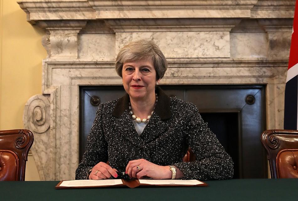 Идевичья фамилия: Англия начала процесс выхода из европейского союза