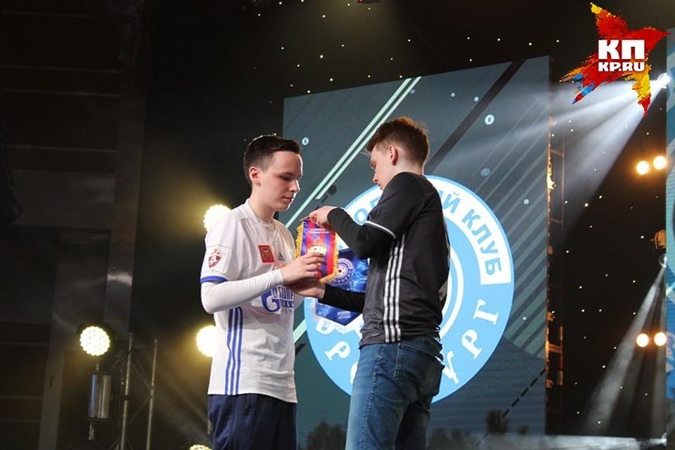 В «Пирамиде» пройдет Международный чемпионат покиберфутболу напризы главы города Казани