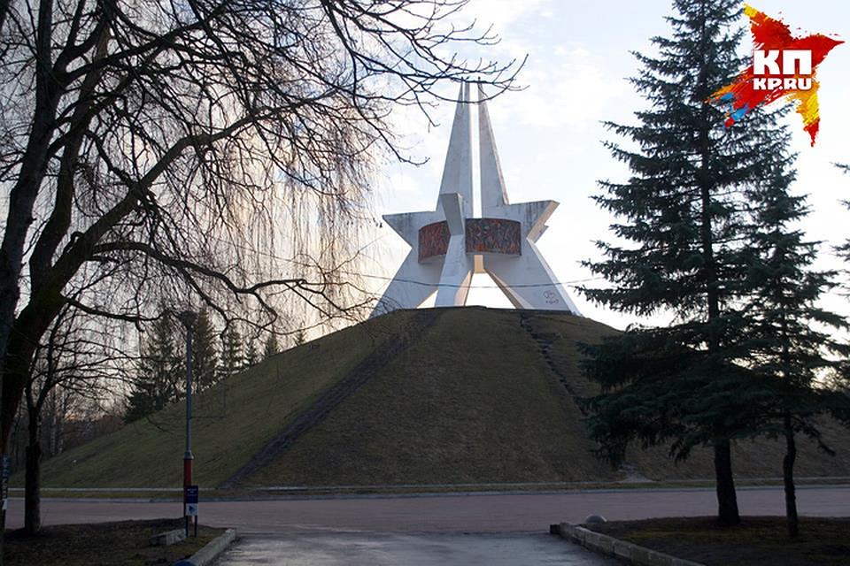 ВБрянске починят монумент наПокровской горе извезду Кургана Бессмертия