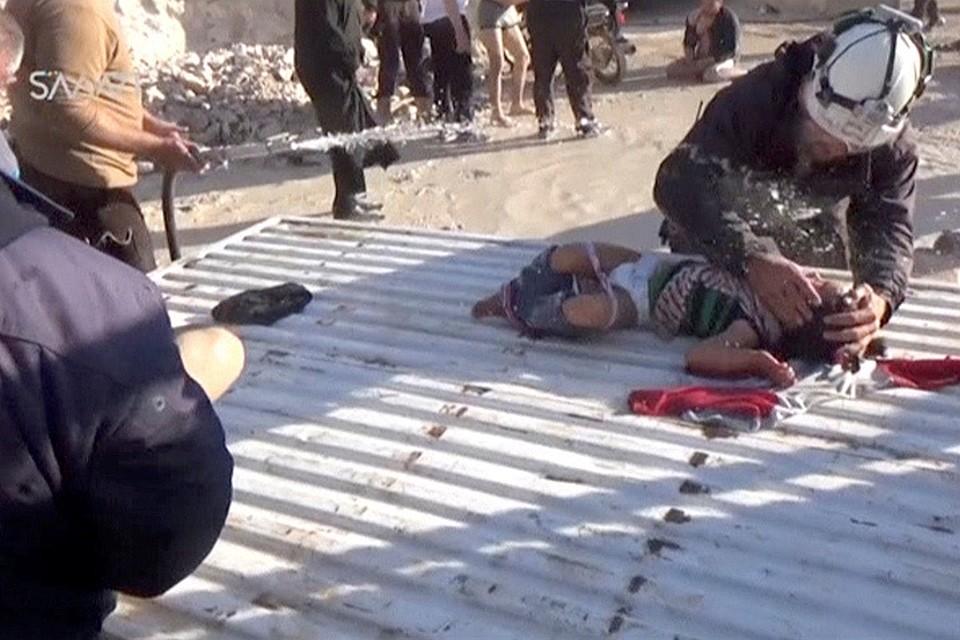 Последствия химической атаки в провинции Идлиб.