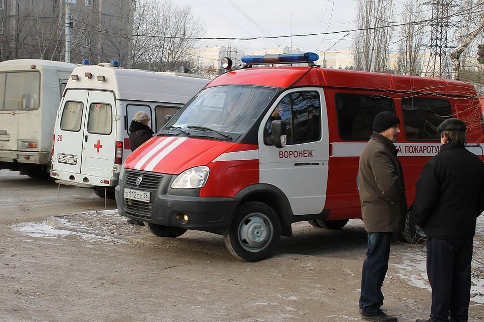 Под Воронежем кшколе съехались спецслужбы из-за подозрительного огнетушителя