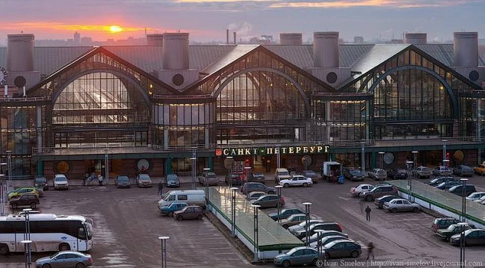 В северной столице Ладожский вокзал эвакуируют из-за угрозы теракта