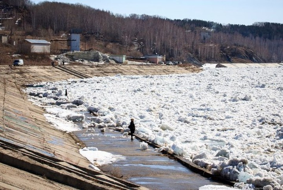 Ледоход наТоми достиг границ Томской области