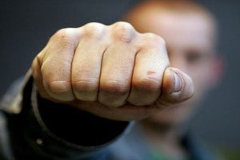 Гражданин  Курска из-за отказа дать закурить досмерти избил незнакомца