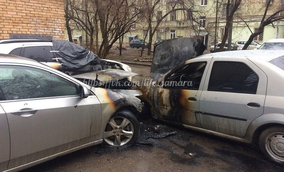 ВСамаре ночью напроспекте Масленникова полыхали автомобили
