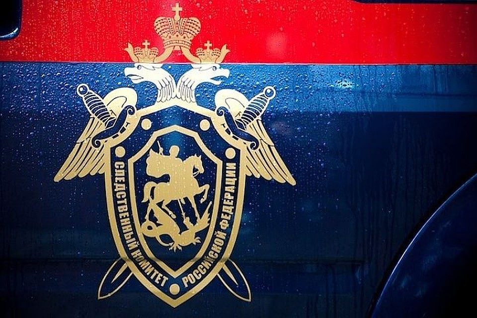 ВХабаровске самолет совершил экстренную посадку из-за трещины настекле