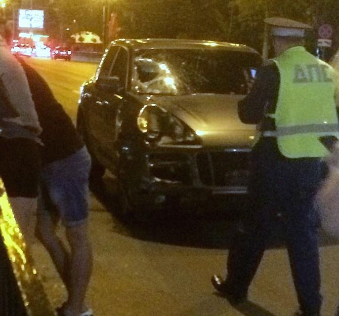 Нетрезвый  шофёр  на«Порше» насмерть сбил мужчину вцентре Ростова— свидетели
