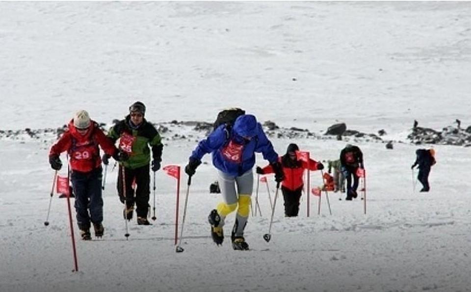 Иркутяне победили в интернациональных соревнованиях поскайраннингу наЭльбрусе