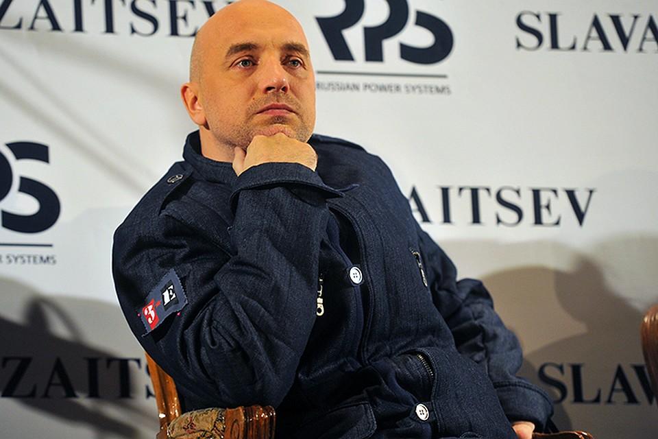 Захар Прилепин оставил свои комиссарские дела и выехал с Донбасса в Москву
