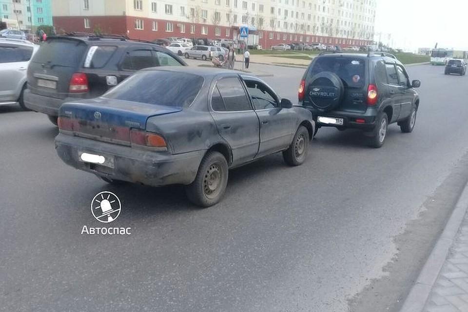 Пассажир «Тойоты» напал насотрудника ГИБДД вовремя разбора трагедии