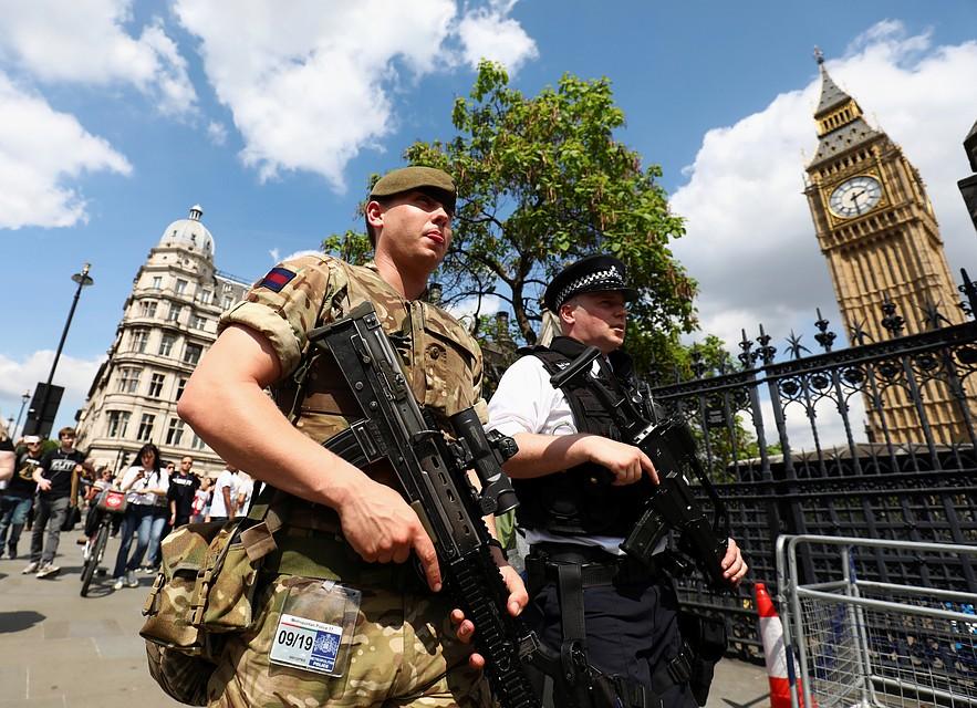 МВД Великобритании: манчестерский террорист действовал неодин