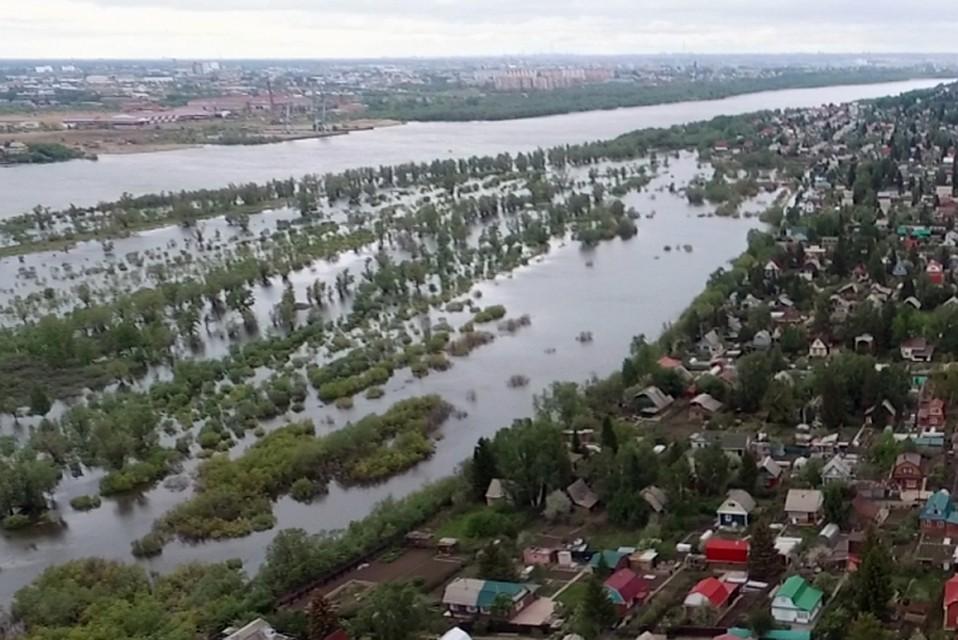 Наюге Омской области Иртыш поднялся домаксимума