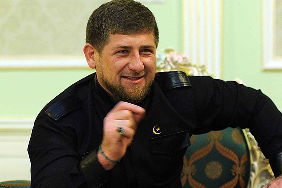 Кадыров пригласил вЧечню Меркель иМакрона