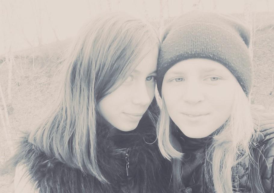 ВБашкирии третий день разыскивают 2-х школьниц