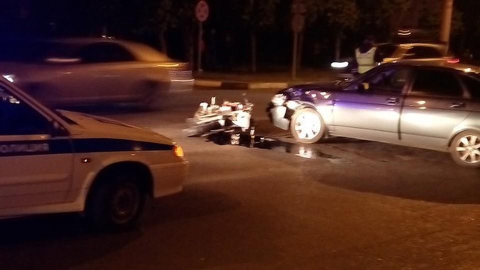 ВТамбов при столкновении Приоры имотоцикла погибла девушка