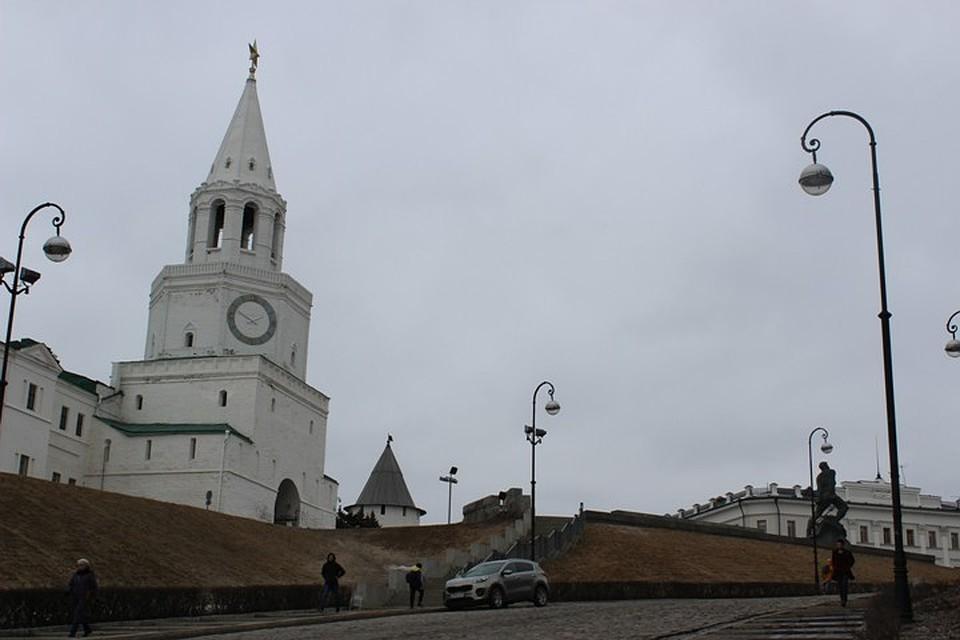 ВКазани будут судить изрисовавшего стены Кремля повара