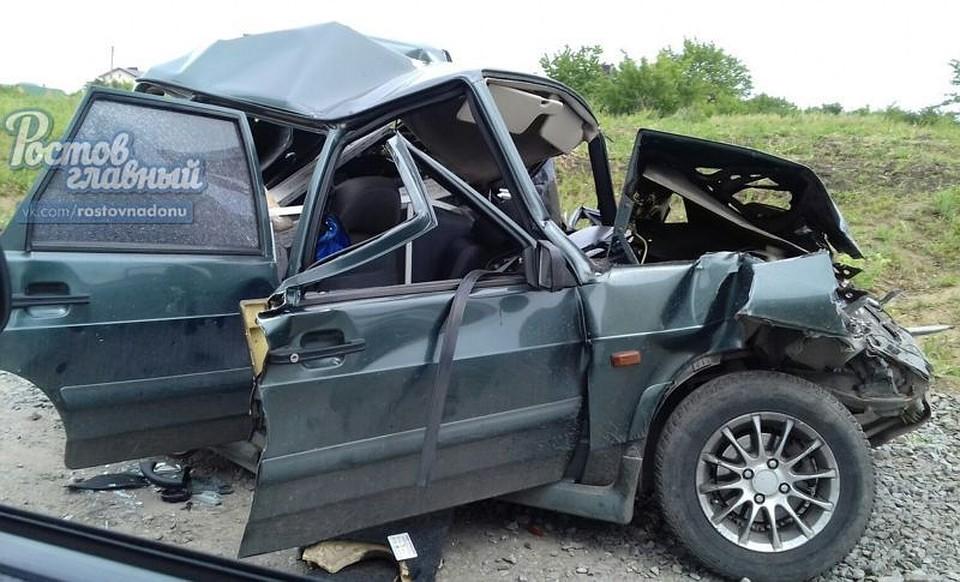 Под Ростовом встолкновении сКАМАЗом умер шофёр легковушки