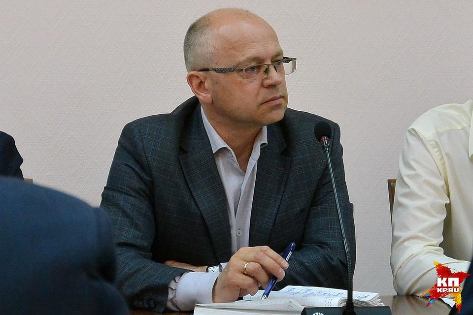 Договор сподрядчиком, ремонтирующим дорогу Киров-Русское, наверное расторгнут