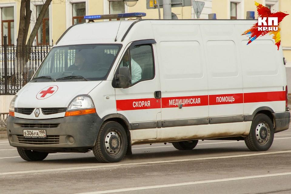 ВОмске охранник непропускал скорую наЛенинский рынок