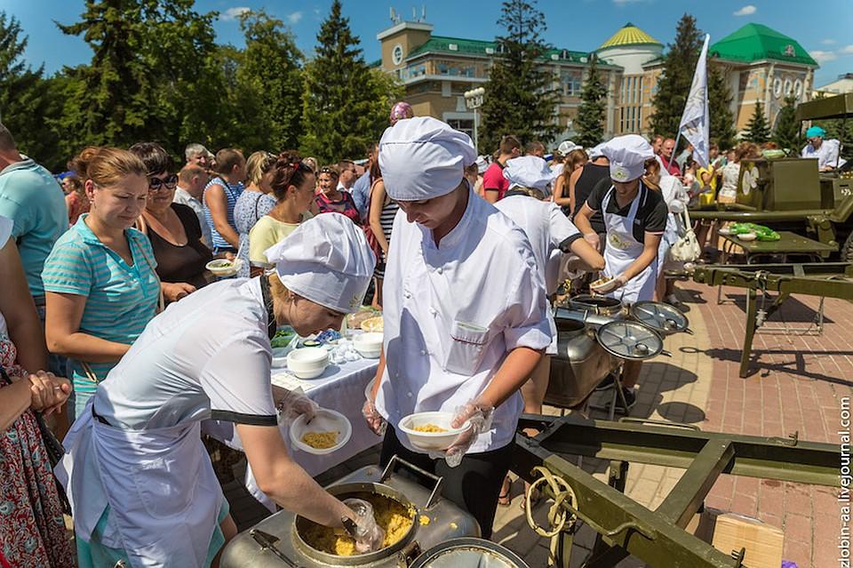Праздник огурца вошёл втоп 3 известных гастрономических фестивалей