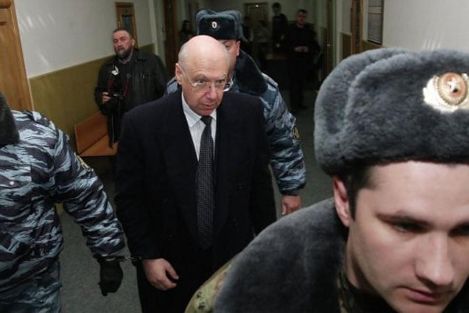 Петербургского банкира Гительсона подозревают вхищении еще 20 млрд руб.