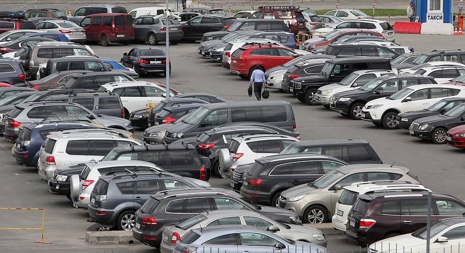 Названа дата открытия бесплатной парковки вчелябинском аэропорту