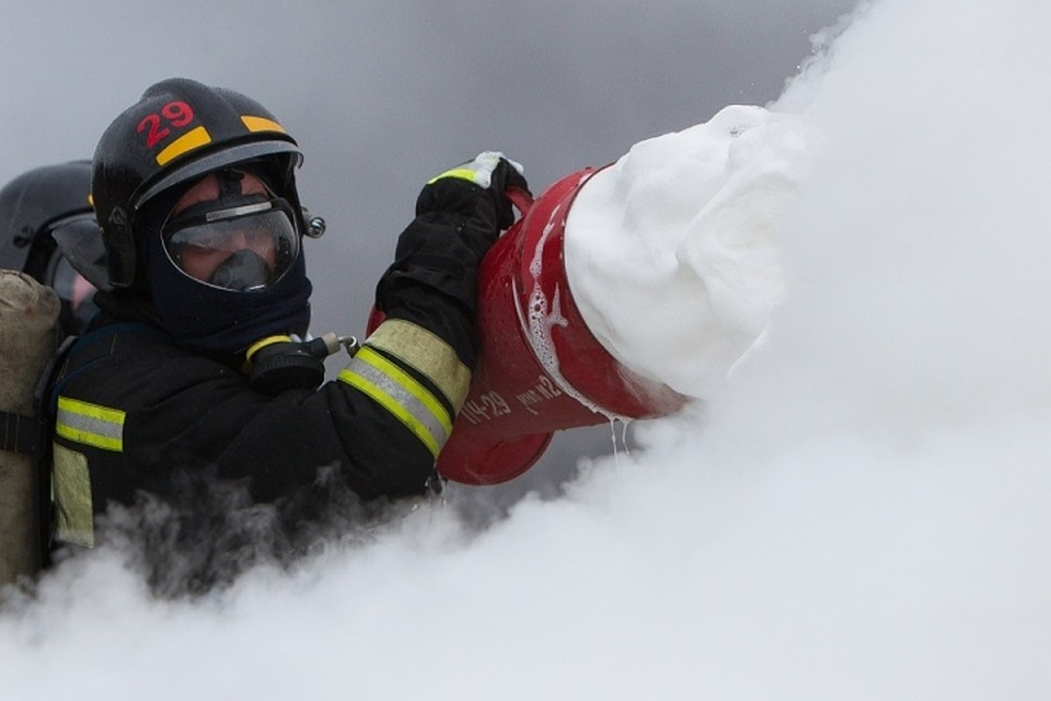 Сверепый пожар  произошел вторговых павильонах в новейшей  столице России