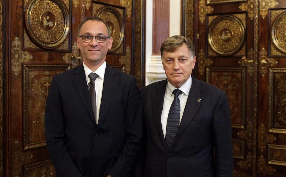 Генеральный консул Венгрии встретился соспикером ЗакСа вМариинском замке