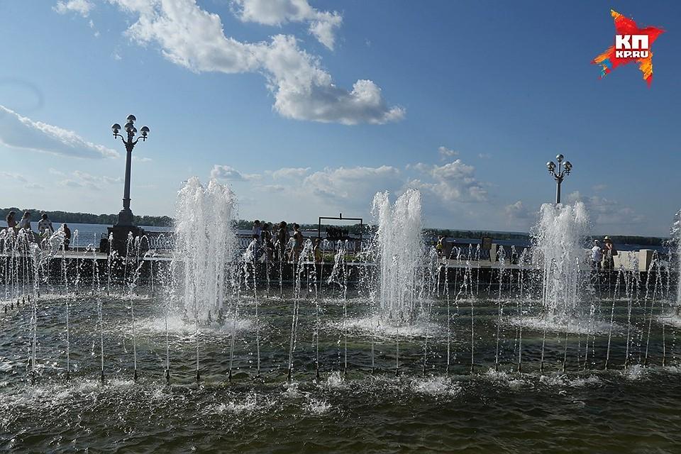 В Самаре в Струковском саду установили бордюры и систему автополива газонов