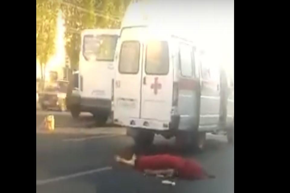 ВВоронеже маршрутка наулице Ворошилова насмерть сбила пешехода