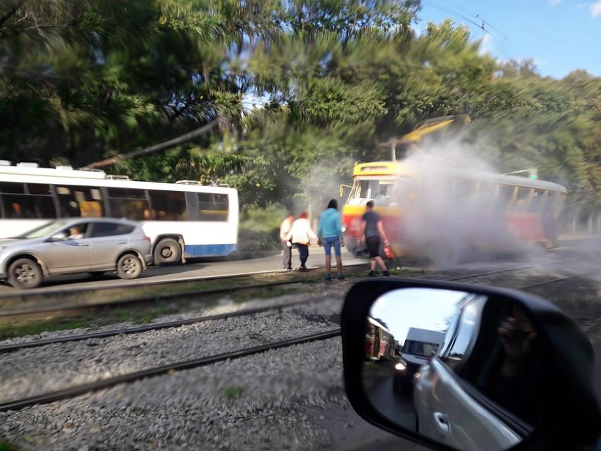 ЧПвУфе: находу зажегся изадымился трамвай спассажирами