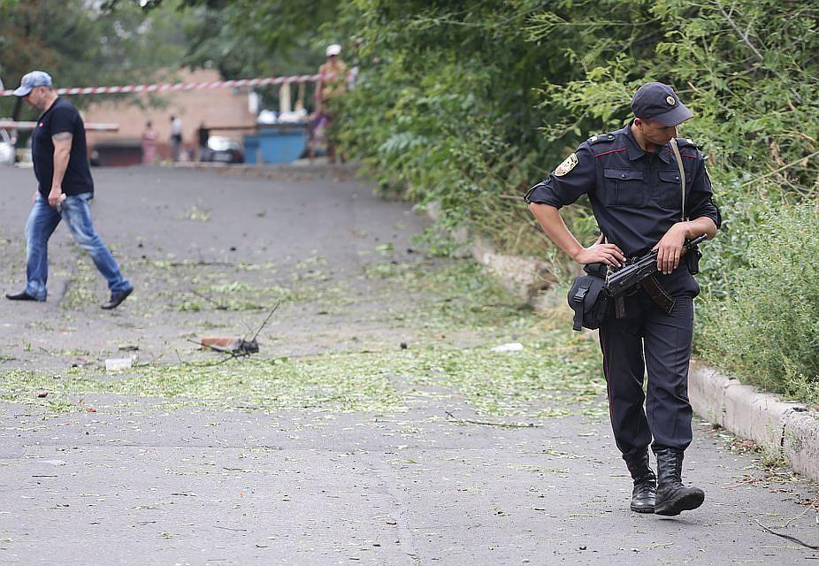Министр доходов исборов ДНР пострадал при взрывах вДонецке