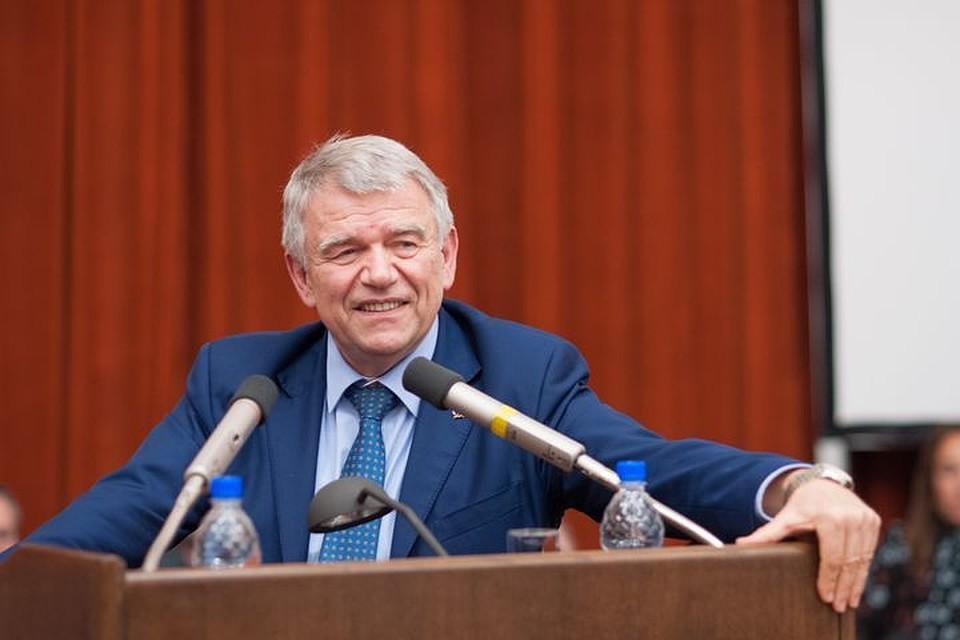 Академик Пармон возглавил Сибирское отделение РАН
