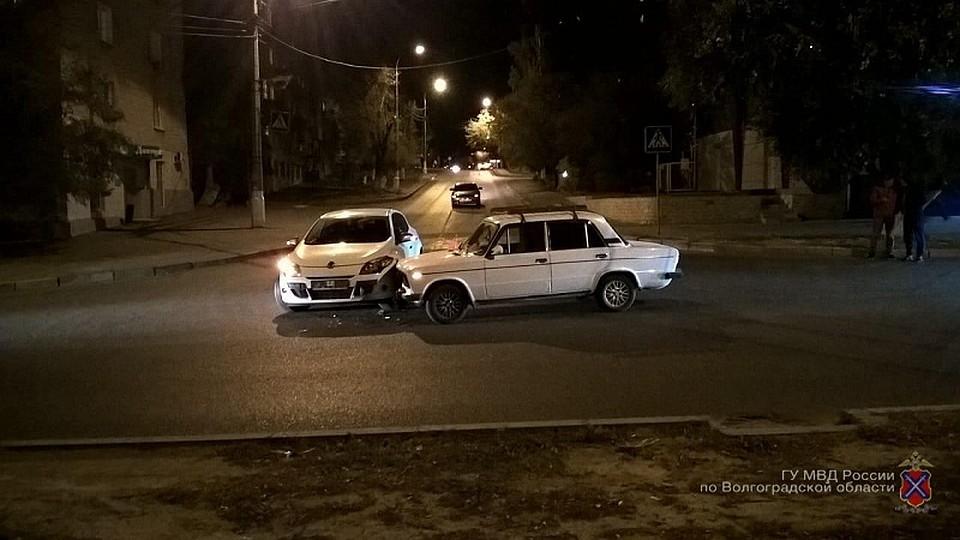 Вцентре Волгоград встолкновении 2-х авто пострадала 10-месячная девочка