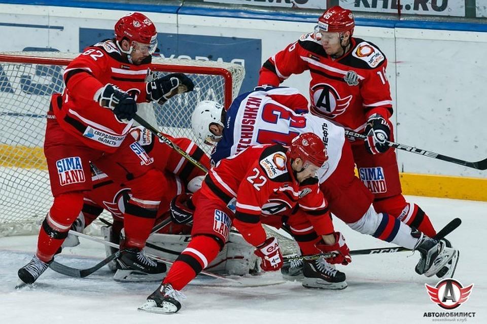 ЦСКА продолжил победную серию вКХЛ, обыграв «Автомобилист»