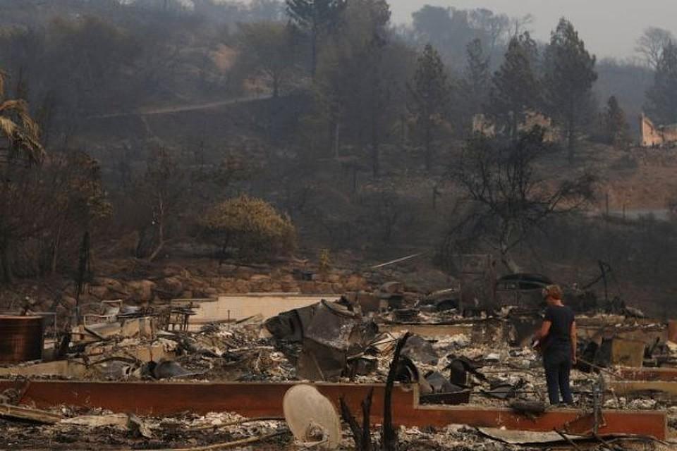 Число погибших лесных пожаров вКалифорнии выросло до 23 человек