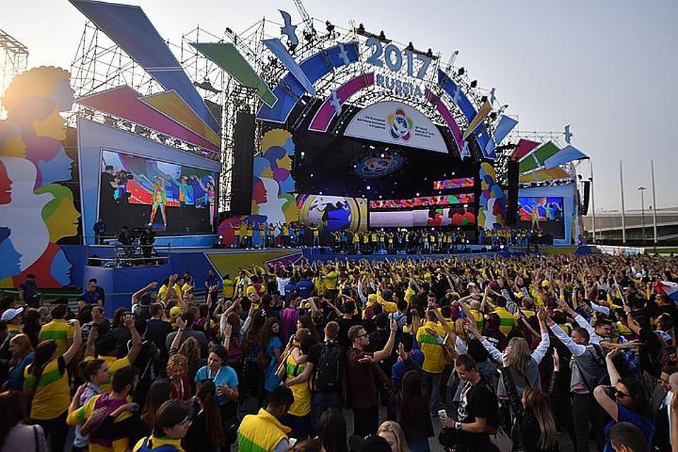 Впроцессе фестиваля молодёжи истудентов Сочи принял рекордное число иностранных гостей