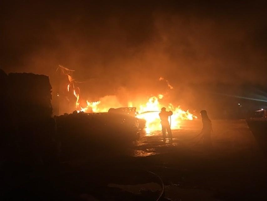 Цех попрессовке макулатуры сгорел воВладимире