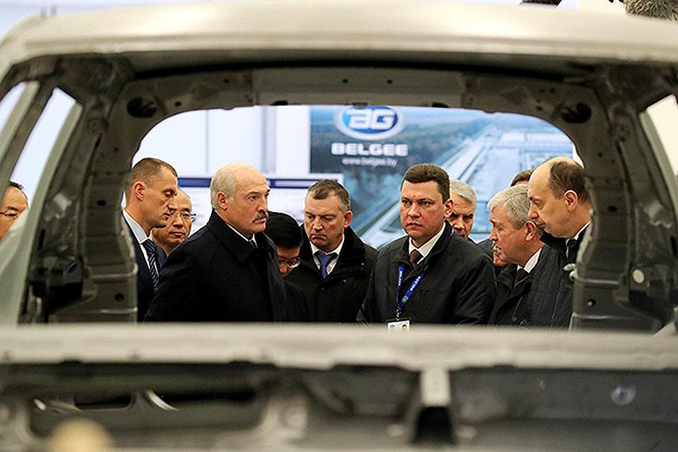 Лукашенко принял участие воткрытии завода «БелДжи»