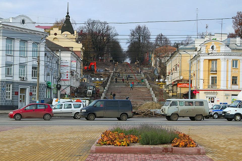 Доконца ноября вБрянске осветят лестницу набульваре Гагарина