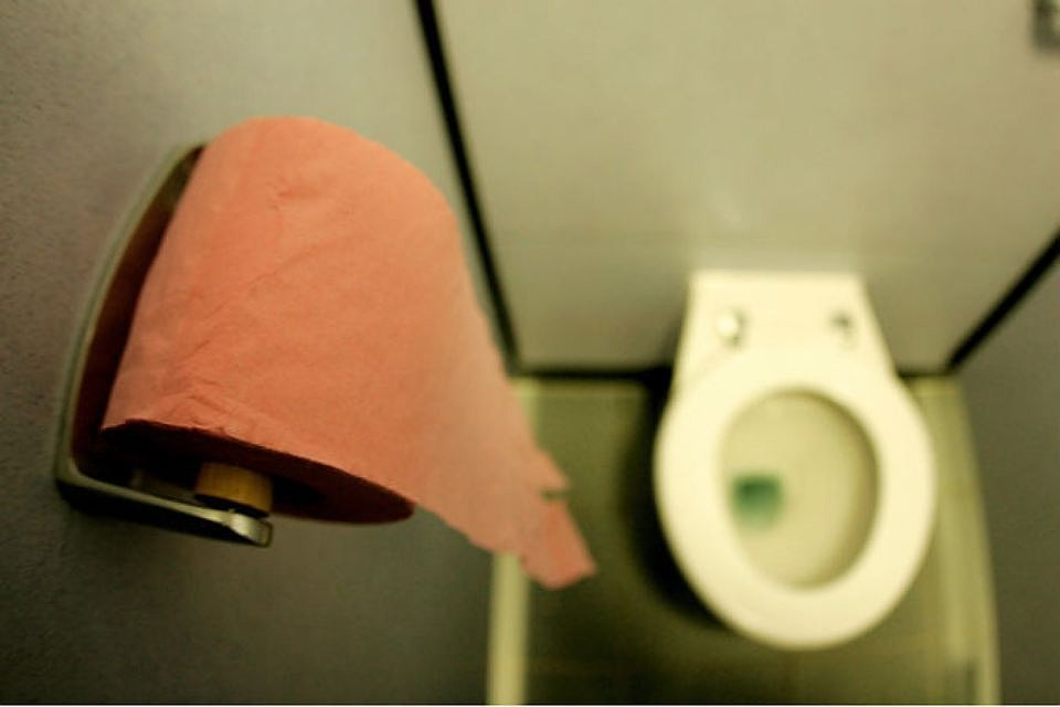 ВПетербурге вспортшколе гимнасток заставили чистить туалет
