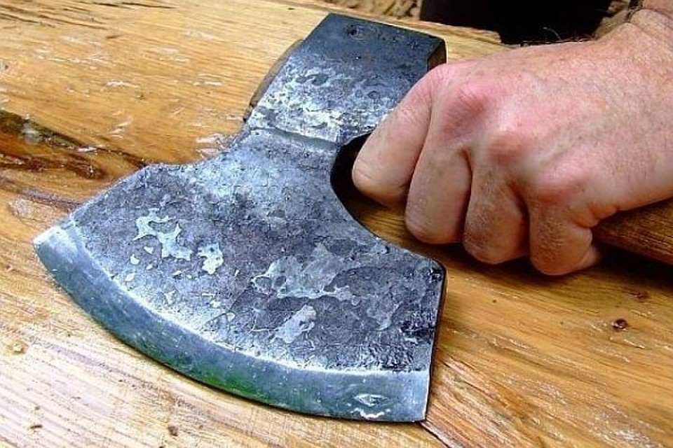 НаКубани мужчина с тесаком несмог вскрыть кассу