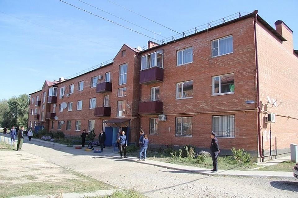 Наремонт «треснувшего дома» вМинводах выделят девять млн.  руб.