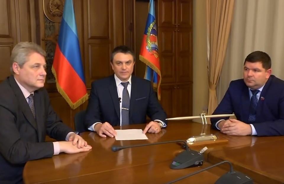 Народный совет самопровозглашенной ЛНР принял отставку Плотницкого