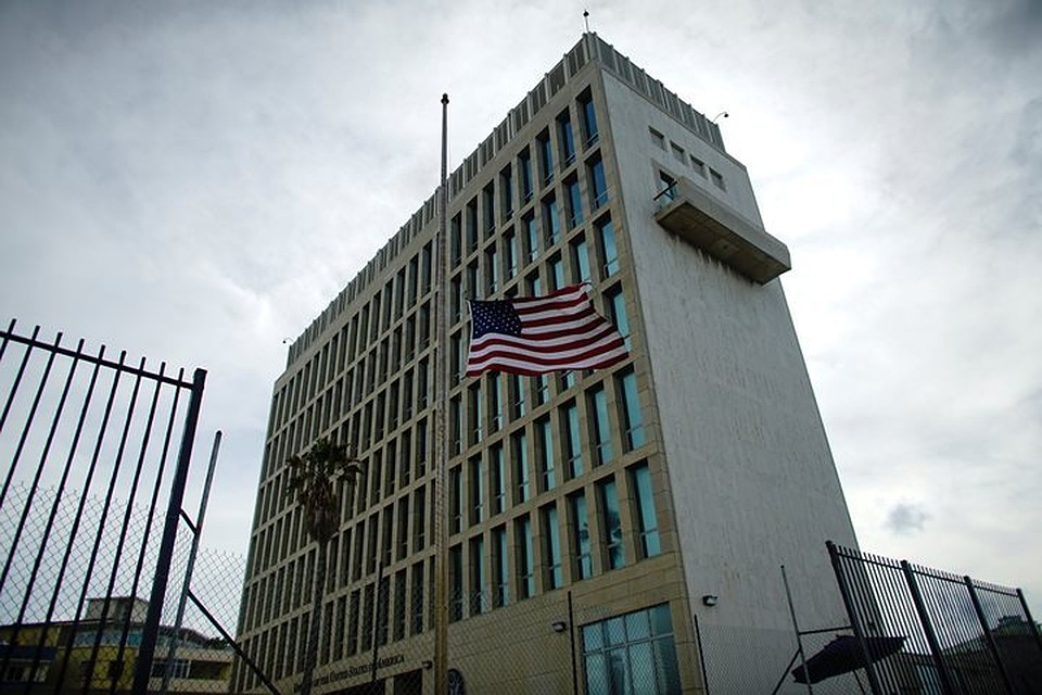 Посольство США вУзбекистане подверглось акустической атаке, закоторой может стоять РФ