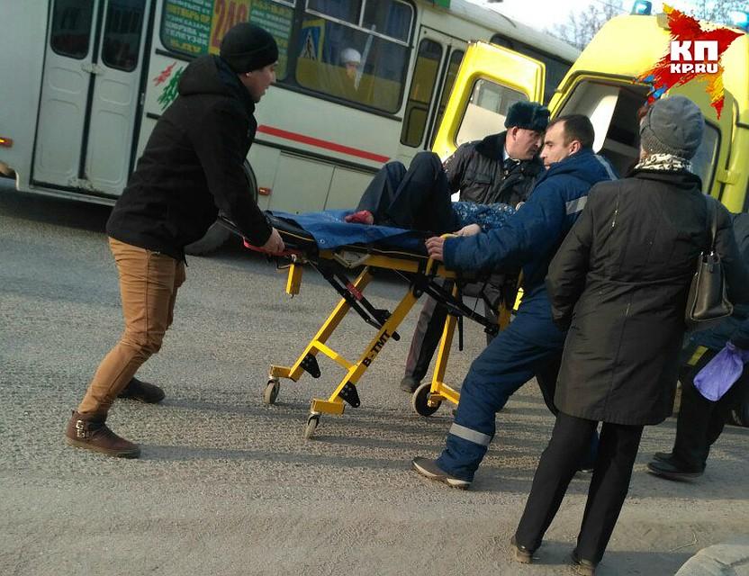 ВУфе школьник попал под колеса маршрутки