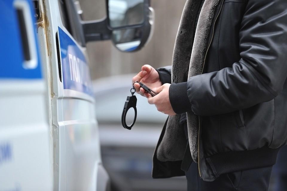 ВРостовской области парень спневматикой ограбил банк