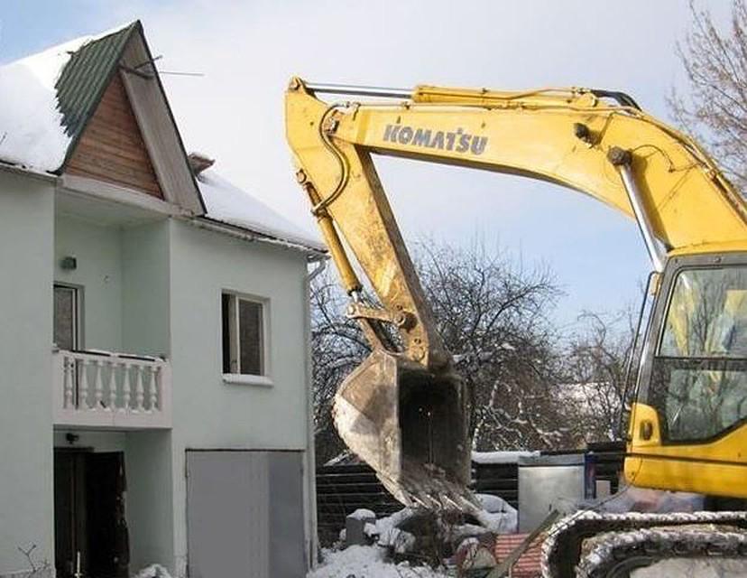 Вворонежском лесу снесли нелегальные  дома, а собственников  оштрафовали